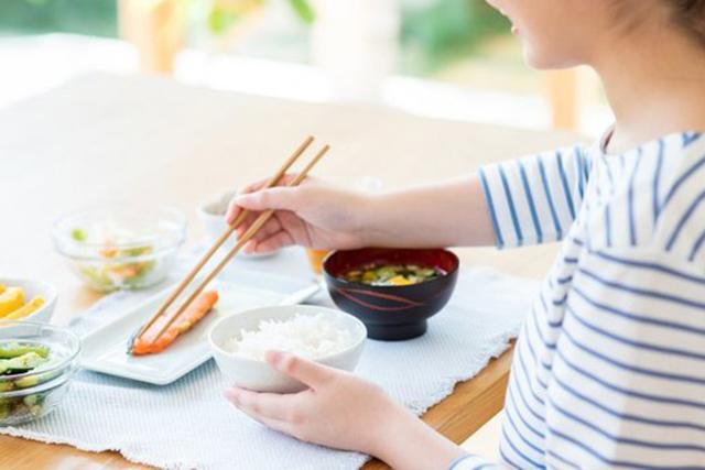 1ヵ月1万円で生活できる節約術!食費節約でおさえるべきポイント